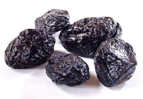 Plums ( Prunes)